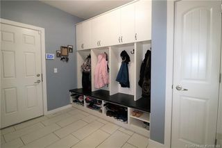 Photo 7: 289 Thompson Crescent in Red Deer: RR Timberstone Residential for sale : MLS®# CA0183464