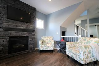 Photo 4: 289 Thompson Crescent in Red Deer: RR Timberstone Residential for sale : MLS®# CA0183464