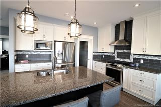 Photo 10: 289 Thompson Crescent in Red Deer: RR Timberstone Residential for sale : MLS®# CA0183464