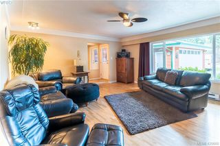 Photo 4: 3417 Luxton Rd in VICTORIA: La Luxton Single Family Detached for sale (Langford)  : MLS®# 832530