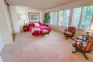 Photo 11: SPRING VALLEY House for sale : 4 bedrooms : 4355 Avenida Gregory
