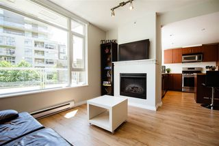 Photo 7: 301 9266 UNIVERSITY Crescent in Burnaby: Simon Fraser Univer. Condo for sale (Burnaby North)  : MLS®# R2464043