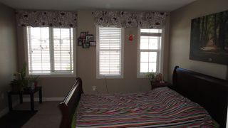 Photo 9: 3616 9 Street NW in Edmonton: Zone 30 House Half Duplex for sale : MLS®# E4206401