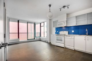 Photo 1: 501 66 W CORDOVA STREET in Vancouver: Downtown VW Condo for sale (Vancouver West)  : MLS®# R2490366