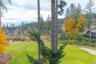 Photo 2: 304 1375 Bear Mountain Pkwy in : La Bear Mountain Condo for sale (Langford)  : MLS®# 859409