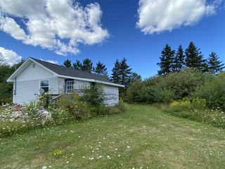 Photo 2: 1490 Gunn Road in East Branch: 108-Rural Pictou County Residential for sale (Northern Region)  : MLS®# 202024667
