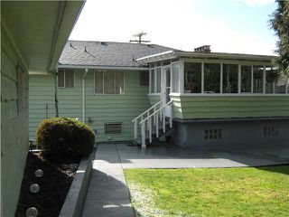 Photo 3: 6241 HALIFAX Street in Burnaby: Parkcrest House for sale (Burnaby North)  : MLS®# V871528