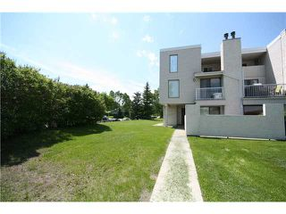 Photo 1: 102 3500 Varsity Drive NW in CALGARY: Varsity Acres Townhouse for sale (Calgary)  : MLS®# C3481407