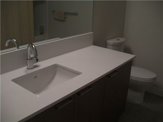 "Photo 4: # 511 221 UNION ST in Vancouver: Mount Pleasant VE Condo for sale in ""V6A"" (Vancouver East)  : MLS®# V864857"