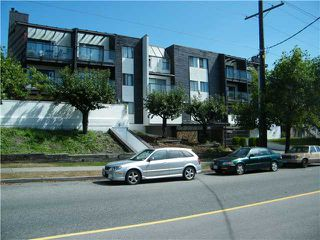 Main Photo: 104 315 10TH Street in New Westminster: Uptown NW Condo for sale : MLS®# V847115
