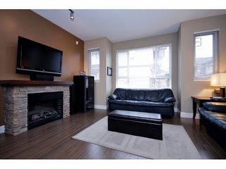Photo 2: 85 7088 191ST Street in Surrey: Clayton Condo for sale (Cloverdale)  : MLS®# F1302395