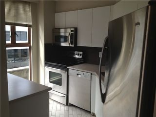 "Photo 3: 305 1633 W 8TH Avenue in Vancouver: Fairview VW Condo for sale in ""FIRCREST"" (Vancouver West)  : MLS®# V1032090"