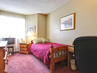 Photo 13: 57 Woodmark Crescent SW in CALGARY: Woodbine Residential Detached Single Family for sale (Calgary)  : MLS®# C3602089