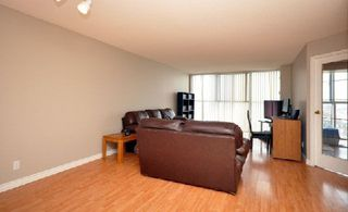 Photo 4: 07 25 Trailwood Drive in Mississauga: Hurontario Condo for sale : MLS®# W2848766
