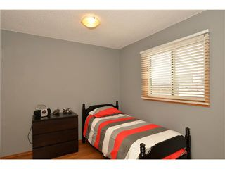 Photo 10: 29 WEST EDGE Road: Cochrane Residential Detached Single Family for sale : MLS®# C3605260