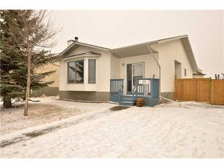 Photo 1: 29 WEST EDGE Road: Cochrane Residential Detached Single Family for sale : MLS®# C3605260
