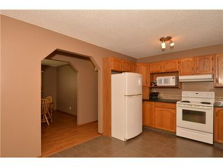 Photo 6: 29 WEST EDGE Road: Cochrane Residential Detached Single Family for sale : MLS®# C3605260