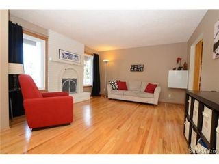 Photo 4: 134 FUHRMANN Crescent in Regina: Walsh Acres Single Family Dwelling for sale (Regina Area 01)  : MLS®# 493451