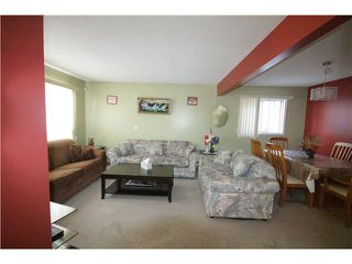 Photo 3: 279 MARTINDALE Boulevard NE in Calgary: Martindale Residential Detached Single Family for sale : MLS®# C3639230