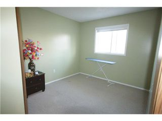 Photo 12: 279 MARTINDALE Boulevard NE in Calgary: Martindale Residential Detached Single Family for sale : MLS®# C3639230