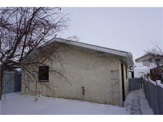 Photo 19: 956 ERIN WOODS Drive SE in Calgary: Erinwoods Residential Detached Single Family for sale : MLS®# C3647300