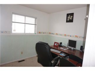 Photo 10: 956 ERIN WOODS Drive SE in Calgary: Erinwoods Residential Detached Single Family for sale : MLS®# C3647300
