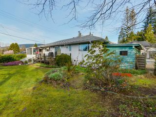 Photo 16: 925 HANDSWORTH Road in North Vancouver: Forest Hills NV House for sale : MLS®# V1110371