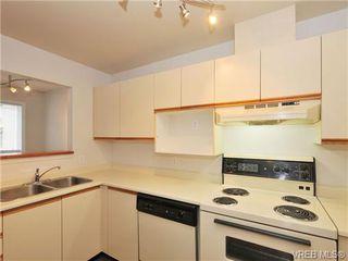 Photo 9: 303 2647 Graham St in VICTORIA: Vi Hillside Condo for sale (Victoria)  : MLS®# 698000