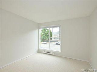 Photo 14: 303 2647 Graham St in VICTORIA: Vi Hillside Condo for sale (Victoria)  : MLS®# 698000