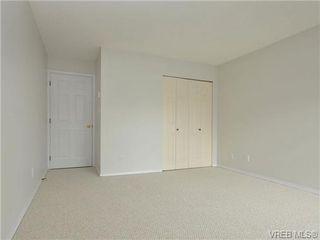 Photo 15: 303 2647 Graham St in VICTORIA: Vi Hillside Condo Apartment for sale (Victoria)  : MLS®# 698000