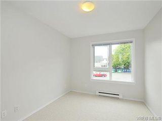 Photo 11: 303 2647 Graham St in VICTORIA: Vi Hillside Condo Apartment for sale (Victoria)  : MLS®# 698000