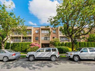Photo 1: 203 1825 W 8TH Avenue in Vancouver: Kitsilano Condo for sale (Vancouver West)  : MLS®# V1120309