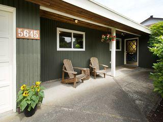 "Photo 2: 5645 51ST Avenue in Ladner: Hawthorne House for sale in ""HAWTHORNE"" : MLS®# V1122750"