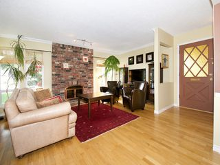 "Photo 4: 5645 51ST Avenue in Ladner: Hawthorne House for sale in ""HAWTHORNE"" : MLS®# V1122750"