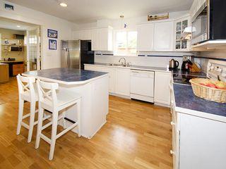 "Photo 8: 5645 51ST Avenue in Ladner: Hawthorne House for sale in ""HAWTHORNE"" : MLS®# V1122750"