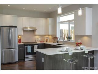 Photo 5: 1008 Brown Rd in VICTORIA: La Happy Valley Single Family Detached for sale (Langford)  : MLS®# 707305