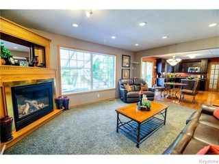 Photo 4: 103 Redview Drive in WINNIPEG: St Vital Residential for sale (South East Winnipeg)  : MLS®# 1526600