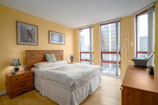 "Photo 11: 1706 811 HELMCKEN Street in Vancouver: Downtown VW Condo for sale in ""IMPERIAL TOWER"" (Vancouver West)  : MLS®# R2008899"
