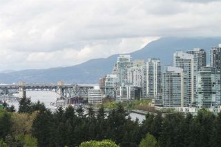 """Photo 8: 1001 728 W 8TH Avenue in Vancouver: Fairview VW Condo for sale in """"700 WEST 8TH"""" (Vancouver West)  : MLS®# R2059033"""