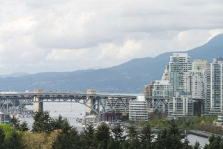 """Photo 11: 1001 728 W 8TH Avenue in Vancouver: Fairview VW Condo for sale in """"700 WEST 8TH"""" (Vancouver West)  : MLS®# R2059033"""