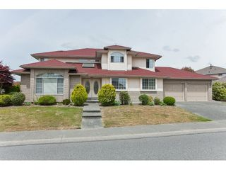 Main Photo: 14277 84A Avenue in Surrey: Bear Creek Green Timbers House for sale : MLS®# R2069001