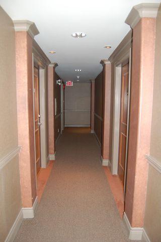 Photo 4: 210 5770 Oak Street in Oakridge Crowne: Home for sale