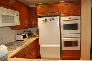 Photo 6: 210 5770 Oak Street in Oakridge Crowne: Home for sale
