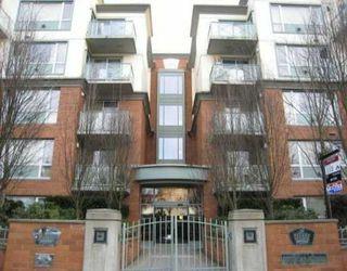 Photo 1: 210 5770 Oak Street in Oakridge Crowne: Home for sale
