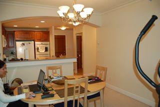 Photo 9: 210 5770 Oak Street in Oakridge Crowne: Home for sale