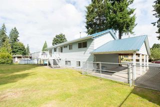"Photo 2: 19970 50 Avenue in Langley: Langley City House for sale in ""Langley City"" : MLS®# R2093657"