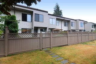 "Photo 40: 3336 VINCENT Street in Port Coquitlam: Glenwood PQ Townhouse for sale in ""Burkview"" : MLS®# R2110578"