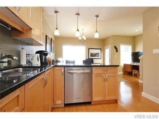 Photo 6: 2697 Azalea Lane in VICTORIA: La Langford Proper Row/Townhouse for sale (Langford)  : MLS®# 743077