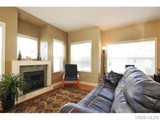 Photo 2: 2697 Azalea Lane in VICTORIA: La Langford Proper Townhouse for sale (Langford)  : MLS®# 370437