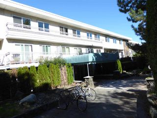 "Photo 2: 318 711 E 6TH Avenue in Vancouver: Mount Pleasant VE Condo for sale in ""PICASSO"" (Vancouver East)  : MLS®# R2116496"
